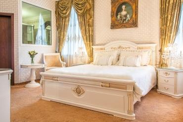 Apartman-Maria-Terezia-v-Palace-Hotel-Polom-v-Ziline-1