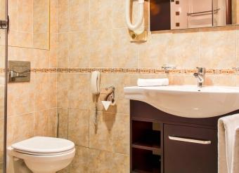 Kupelna-v-izbe-biznis-extra-v-Palace-Hotel-Polom-v-Ziline-1