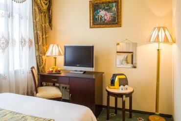 Izba-Biznis-v-Palace-Hotel-Polom-v-Ziline-2